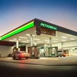 Petrobras reduz preços do diesel e eleva os da gasolina nas refinarias a partir de terça