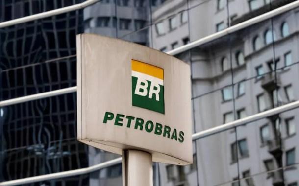 Petrobras corta preço da gasolina em 3%