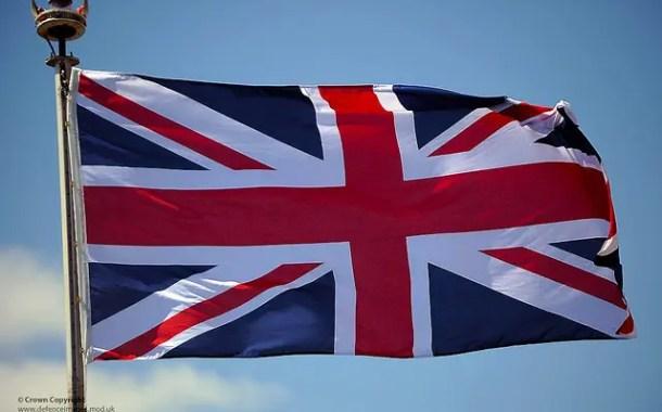Metade dos britânicos apoia nova votação sobre Brexit, diz pesquisa