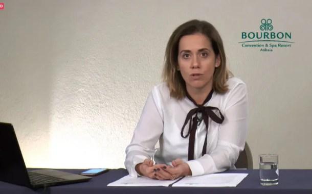 Adriana Cardoso, em videoconferência, apresenta detalhes do Bourbon Fun Place