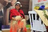 No estande do Peru, na WTM Latin America, confecção artesanal de chapéus de palha. (Crédito: Ana Azevedo)