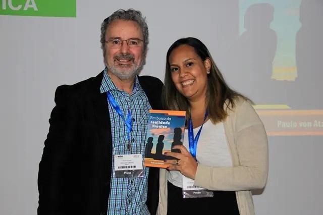 A amiga Renata Muniz e o autor