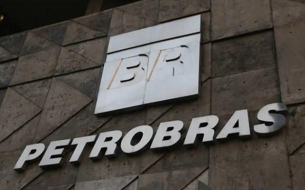 Renúncia de presidente da Petrobras coloca em cheque política de preços da empresa