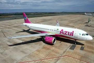 18ª aeronave Airbus A320neo da Azul promove ação em prol do Outubro Rosa