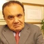 """Artigo: """"A Degradação da Política"""", por Gaudêncio Torquato"""