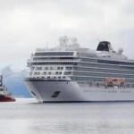 Navio da Viking Sky sofre pane na costa da Noruega e passageiros são resgatados