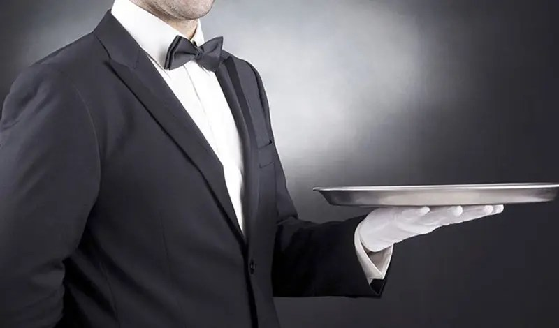 Visite Guarujá oferece treinamento para camareiras, recepcionistas, concierges e garçons
