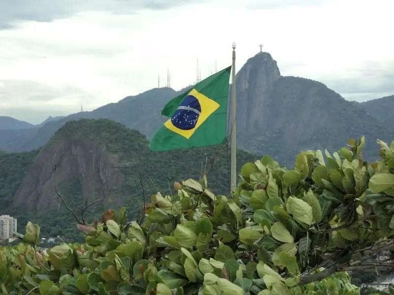 Turistas da Austrália, Canadá, EUA e Japão começam a entrar no Brasil sem visto