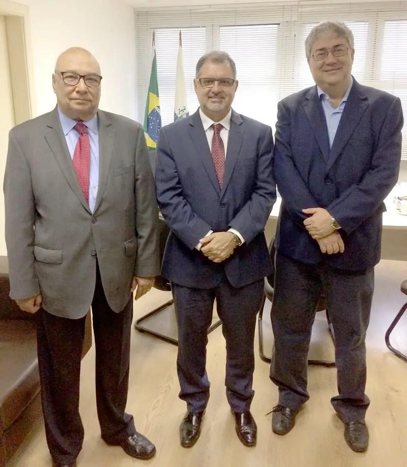 Hotéis Rio assina termo de cooperação com Procon Estadual