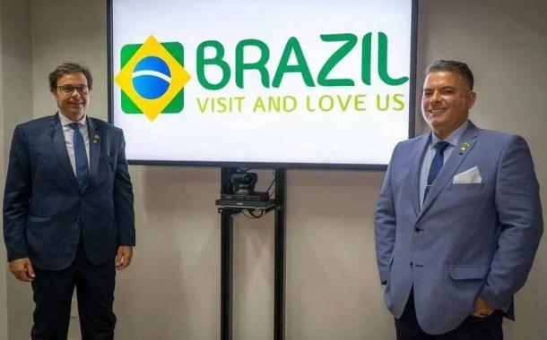 Embratur admite erro no uso de fonte sem autorização para marca Brasil