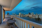 Brasileiros trocam hotéis por casas para temporada na Flórida