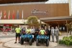 Ação conjunta do Hotéis Rio entrega quadriciclos restaurados ao 19º BPM de Copacabana