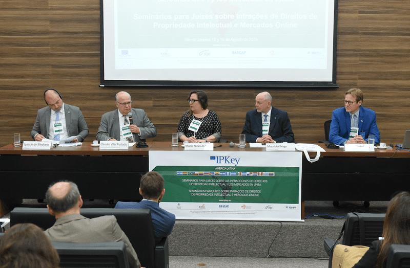Juízes brasileiros debatem infrações dos direitos de propriedade intelectual em mercados online