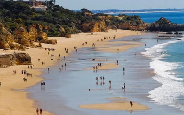 Turistas estrangeiros em Portugal chegam a marca dos 22,8 milhões