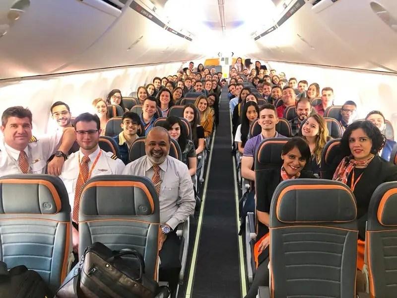 GOL realiza integração dos novos estagiários em voo e consolida ação inovadora
