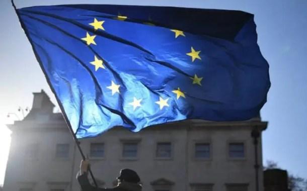 União Europeia exige nova permissão para viagens a Europa