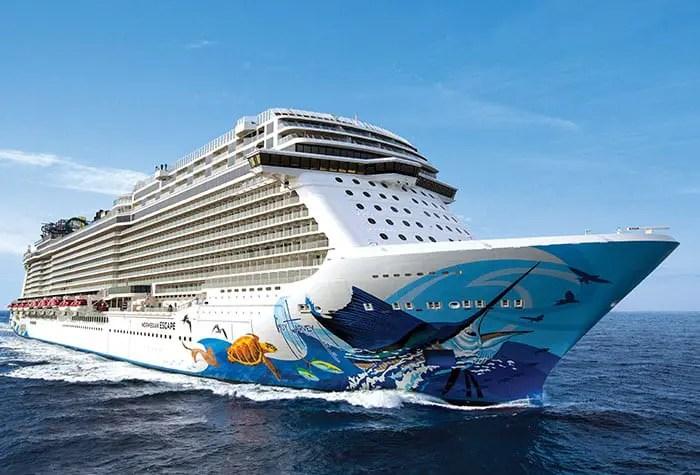 Mau tempo e dificuldade em atracar revoltam passageiros da Norwegian Cruise Line