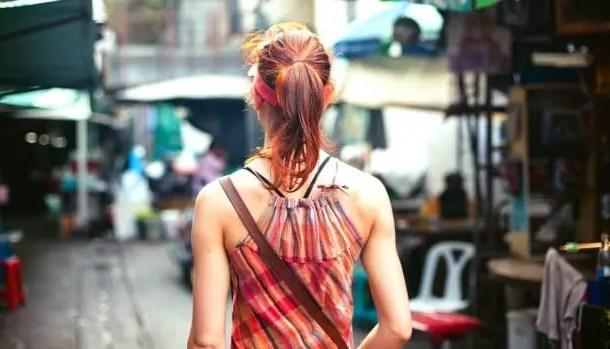 Viajantes a negócios se sentem inseguros, viajantes femininas e LGBTQ+ sofrem assédio regularmente, aponta pesquisa