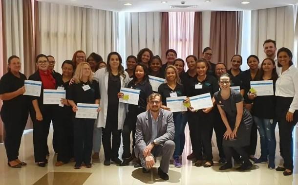 20 camareiras concluíram o Curso Capacita Deville em Cuiabá