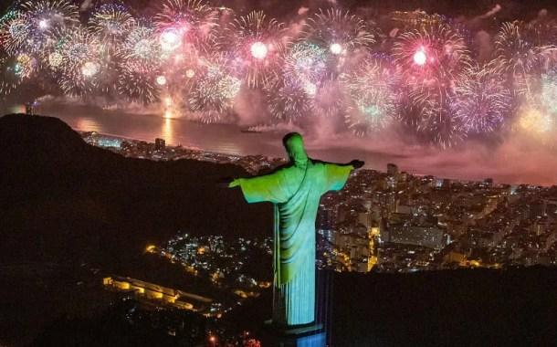 Maior Réveillon do mundo no Rio de Janeiro recebe 2.9 milhões de pessoas