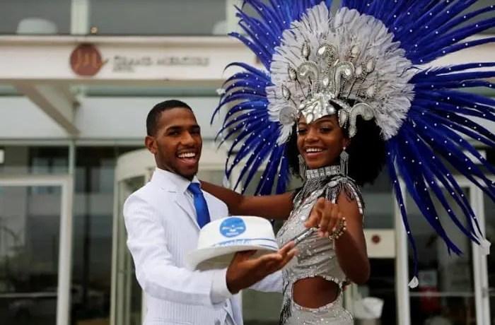 Grand Mercure Rio de Janeiro Riocentro prepara feijoada de carnaval tipicamente brasileira com a Portela