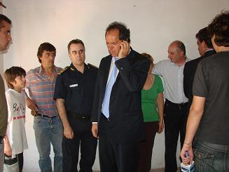 El gobernador visitó la zona afectada.