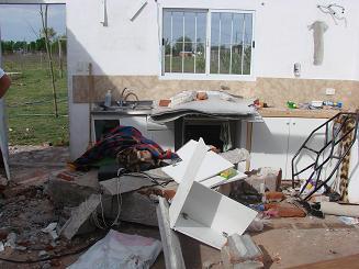 Muy severos daños en distintos sectores de la localidad.