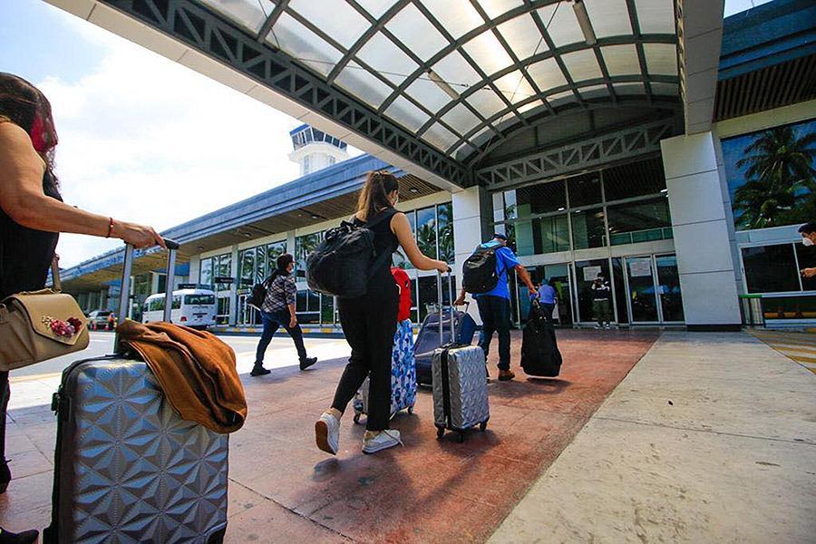 El Salvador levanta restricción de ingreso a viajeros procedentes de Gran Bretaña y Sudáfrica