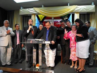 Puerto Rico: Reinstalan al reverendo Jorge Raschke como ministro evangélico de las Asambleas de Dios