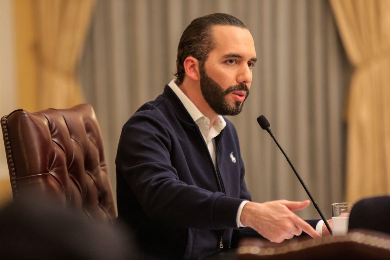 Relación de El Salvador con EEUU bajo revisión
