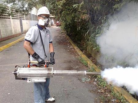 Fumigación focal es llevada a las comunidades