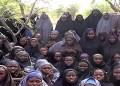 El Boko Haram exhibió fotos de las jovencitas secuestradas en Nigeria y pidió a cambio la liberación de presos islamitas