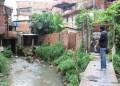 Las condiciones habitacionales no son aptas para los vecinos del callejón