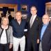 En el Capitolio, De Vita fue recibido por los congresistas Ileana Ros-Lehtinen, Mario Díaz Balart y Carlos Curbelo, quienes entregaron al artista la bandera de Estados Unidos, que fue izada ayer en el Congreso en su nombre