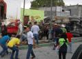 Al menos 24 personas murieron, incluyendo cuatro niños, luego de que un camión de carga se quedara sin frenos y embistiera a un grupo de peregrinos  AFP