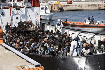 La Organización Internacional para las Migraciones (OIM) estimó el martes que más de 2.000 inmigrantes han muerto ya este año en el Mediterráneo  ARCHIVO