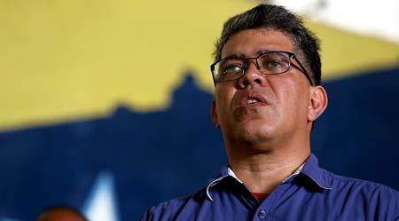 Elías Jaua Milano pidió que se demuestre la presunta malversación por la cual fue solicitada la impugnación de su candidatura