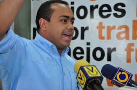 Tirso Flores.ARCHIVO