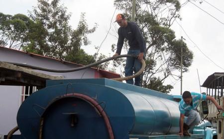 Comando de Agua de Guaicaipuro atendió necesidades de lugareños.ARCHIVO