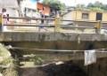 El puente requiere ser atendido ante un posible colapso