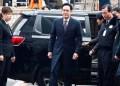 Lee, de 48 años y líder de facto del grupo Samsung, se reincorporó a su puesto de trabajo la mañana de ayer.