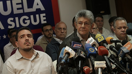 MUD solicita y respalda todo el apoyo diplomático mundial que contribuya al restablecimiento democrático de Venezuela