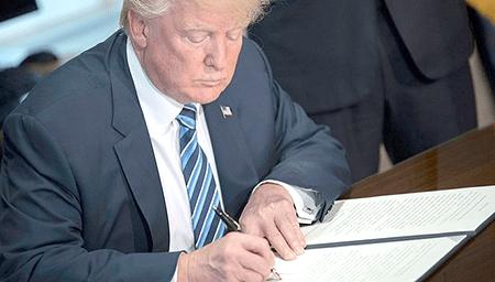 Funcionarios vinculados al tema indicaron que Trump reanudará la transferencia de equipos militares a la Policía, estimada en unos 5.400 millones de dólares en 25 años.