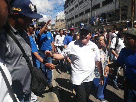 Candidato José Luis Rodríguez recorrió este sábado Brisas de Oriente