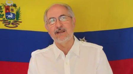 Antonio Ledezma se escapó de Venezuela con destino a España