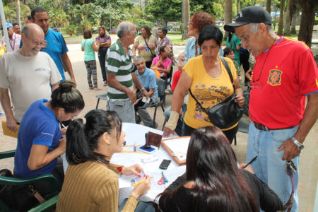 300 vecinos de Colinas de Carrizal y Montaña Alta se beneficiaron con operativo de Registro Civil
