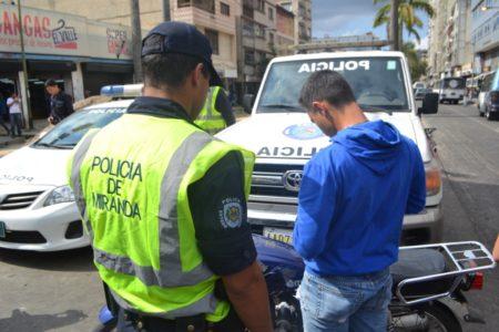 Policía de Miranda frustró robo a transeúnte en Los Teques
