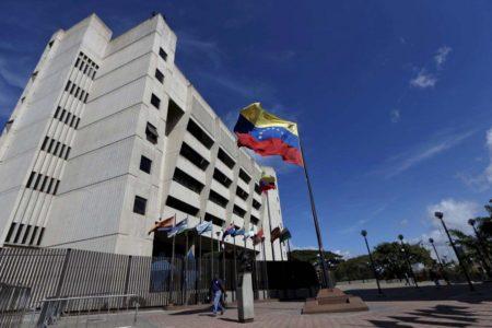 """El Supremo venezolano no reconoce al Parlamento por """"inconstitucional"""""""