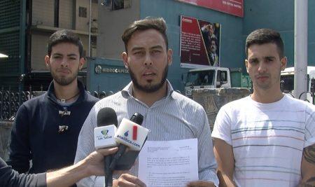 Entregan mil firmas ante Hidrocapital exigiendo respuesta ante falla de servicio en Los Salias