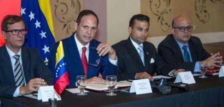 Supremo venezolano en el exilio ordena operación plena del consulado en Miami